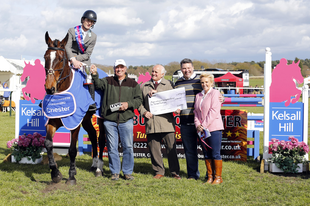 """""""AI winners Paul Sims & Mystic Million are presented with their prize by Captain Mark Phillips, Robin Latham (Land Owner) and, representing principle sponsors Istanbul BBQ Chester, Mark Donnison and Lesley Bradshaw"""""""